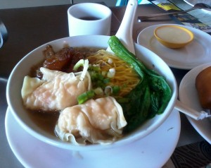 one of my favorite noodles soup: fried prawn dumpling and aniseed beef tendon