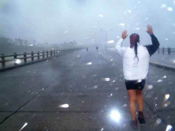 Running in the blinding rain along Legaspi Boulevard.JPG